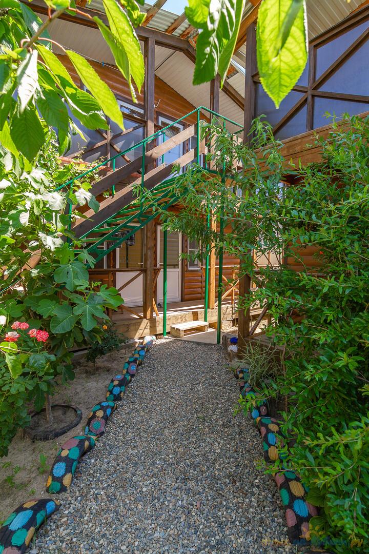Наши деревянные домики. Зелень.